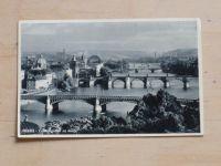 Praha - Celkový pohled na mosty