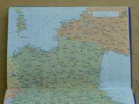 Kapesní atlas světa (1995)
