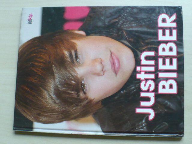 Justin Bieber pod mikroskopem (2011)