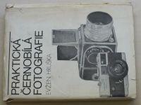 Hruška - Praktická černobílá fotografie (1976)