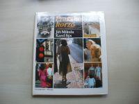 Mikula, Sýs - Pražské korzo; Z malířova fotografického skicáře (1989)