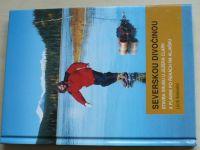 Šimánek - Severskou divočinou - Stavba srubu u jezera Clark a plavba po řekách na Aljašku
