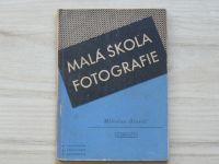 Hlaváč - Malá škola fotografie (1946)
