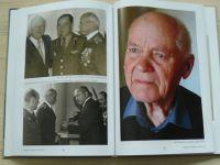 Gregor - Smrt čekala všude - Příběh válečného veterána,vězně gulagu a obč.Havířova plk.Jana Ihnatíka