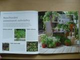 Hayesová - Labužníkova zahrada - pěstování vlastních surovin - postupy blízké přírodě